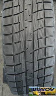 P135/80R12 68Q Ice Guard IG30
